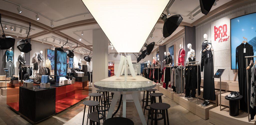 fashion connect: So sieht der neue bonprix Pilot Store in Hamburg von innen aus.